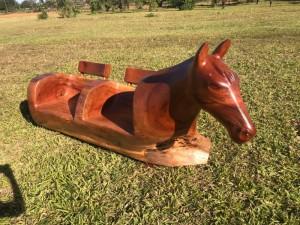Uma belíssima arte em madeira, confira!!! (VÍDEO)