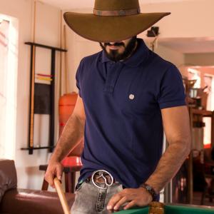 Camisa Polo Azul / Xadrez com Pingente em Metal