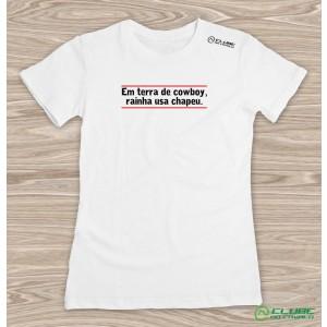 Camiseta Feminina Em Terra de Cowboy - branca