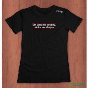 Camiseta Feminina Em Terra de Cowboy - preta