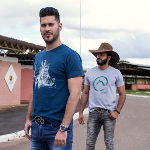 Camiseta Azul -  Estampa Bota